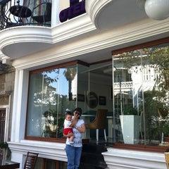 Photo taken at Kumsal Butik Otel by Ayhan T. on 10/1/2012