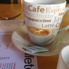 Photo taken at Jardín Cafeto by Iván G. on 12/16/2012