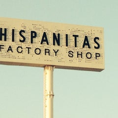 Photo taken at Hispanitas Factory-Shop by Amparo E. on 7/9/2014