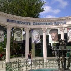 Photo taken at Beetlejuice's Graveyard MashUp by Matt T. on 10/9/2012