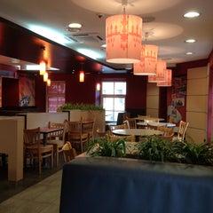 Photo taken at KFC by Dariya G. on 4/18/2013