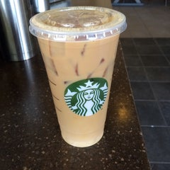 Photo taken at Starbucks by Tracy on 4/17/2014