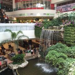 Photo taken at The Mall Nakhon Ratchasima (เดอะมอลล์นครราชสีมา) by Lynhdan N. on 6/20/2015