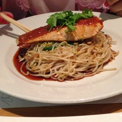 Photo taken at Wagamama by Haya K. on 8/30/2013