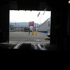 Photo taken at Diamond Airport Parking by Jen W. on 7/3/2013