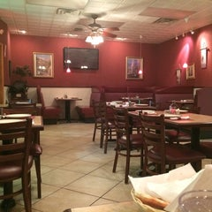 Photo taken at Palermo's Pizzeria & Resturant by Shaimaa F. on 9/28/2014