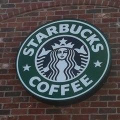 Photo taken at Starbucks by Bob D. on 1/15/2011