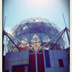 Photo taken at Science World at TELUS World of Science by Harry K. on 7/16/2013