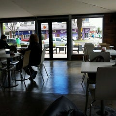 Photo taken at Los Caminos del Vino by Fer B. on 10/1/2013