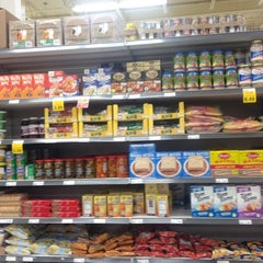 Photo taken at Loblaws by Oakville N. on 4/13/2014