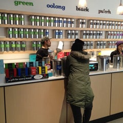 Photo taken at DAVIDsTEA by T. E. N. on 12/28/2013