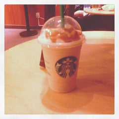 Photo taken at Starbucks by Robb T. on 3/10/2013