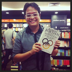 Photo taken at Times Bookstores by Allan Angelo B. on 1/8/2013