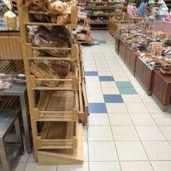 Photo taken at Safestway Supermarket سيفستوي by ™MЯ.Ω̶ℓMΩ̶Ƨı̝̚²º¹⁴ 7. on 10/2/2014