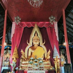 Photo taken at Wat Luang by Kittiphong B. on 1/1/2016