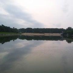 Photo taken at Ольгинский пруд by Алексей Е. on 7/25/2013