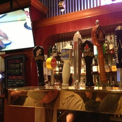 Photo taken at Red Robin Gourmet Burgers by Daniel O. on 5/18/2013