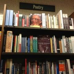 Photo taken at Barnes & Noble by Grafik M. on 10/16/2012