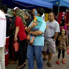 Photo taken at Pasar Malam Sg Buloh by Azman B. on 11/21/2013