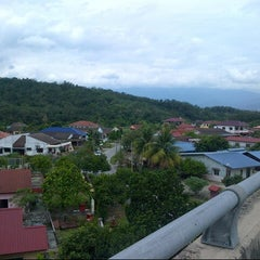 Photo taken at Ulu Yam Lama by ak47 on 9/14/2012