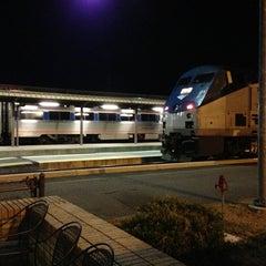 Photo taken at Richmond Amtrak Station (RVR) by Leslie 🔆 H. on 3/9/2013