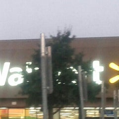 Photo taken at Walmart Supercenter by DUFFY a. on 8/21/2013