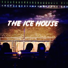 Photo taken at Icehouse Comedy Club Pasadena by Corey C. on 10/19/2013