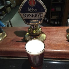 Photo taken at The Dee Hotel (Wetherspoon) by Iain 🍻 L. on 10/6/2015
