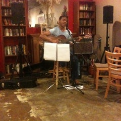 Photo taken at Davinci's Coffee House by Rick N. on 2/10/2013