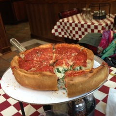 Photo taken at Giordano's by MOS1 on 10/2/2012