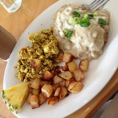Photo taken at Green New American Vegetarian by Amy L. on 7/14/2013