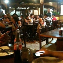 Photo taken at Pizzaria 4 Queijos by Paula C. on 11/11/2012