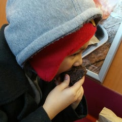 Photo taken at Dunkin' Donuts by Nando M. on 2/27/2015