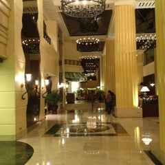 Photo taken at The Heritage Hotel by Vida E. on 1/29/2013