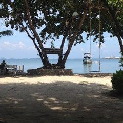 Photo taken at Nimmanoradee Resort (นิมมานรดี รีสอร์ท) by Kate Pakamol O. on 11/10/2012
