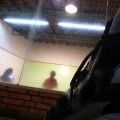 Photo taken at Academia Campograndense de Raquetes by Arildo P. on 7/5/2013