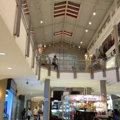 Photo taken at Centro Ciudad Comercial Las Trinitarias by Miguel M. on 1/27/2013