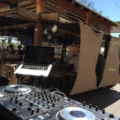 Photo taken at Dos Gringos by Josh deejay R. on 3/28/2015