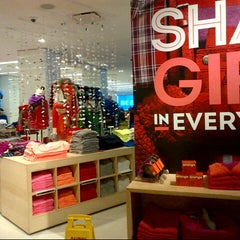 Photo taken at Gap by Cesar, Jr. C. on 12/10/2012
