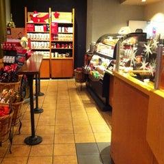 Photo taken at Starbucks by Kimberly S. on 11/22/2012