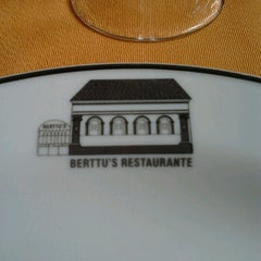 Photo taken at Berttu's Restaurante by Bere C. on 12/29/2012