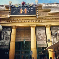 Photo taken at Revenge Of The Mummy by Khaled A. on 12/21/2012
