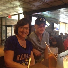 Photo taken at Henry T's Bar and Grill by Doris H. on 5/17/2015