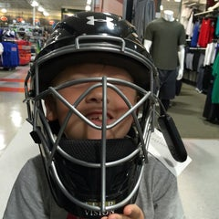 Photo taken at Dick's Sporting Goods by Rob S. on 4/10/2016