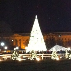 Photo taken at The Ellipse — President's Park South by Alicia K. on 12/24/2012