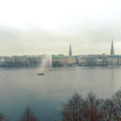 Das Foto wurde bei ZBW - Leibniz-Informationszentrum Wirtschaft Hamburg von Nupsi am 11/6/2015 aufgenommen