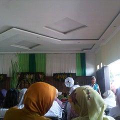 Photo taken at Omah Kampung by Rhierhie E. on 10/27/2013