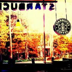 Photo taken at Starbucks by Fernando M. on 2/26/2013