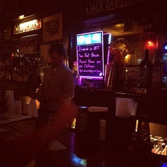 Photo taken at Old Zinnie's by Robin G. on 11/26/2011