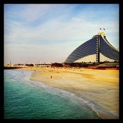 Photo taken at Jumeirah Beach Hotel فندق جميرا بيتش by Navin K. on 3/3/2013